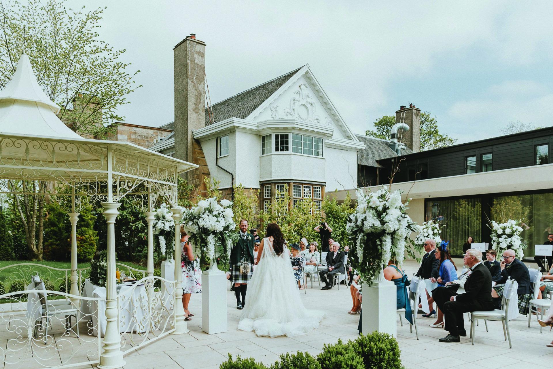 Dalmeny Outdoor Wedding